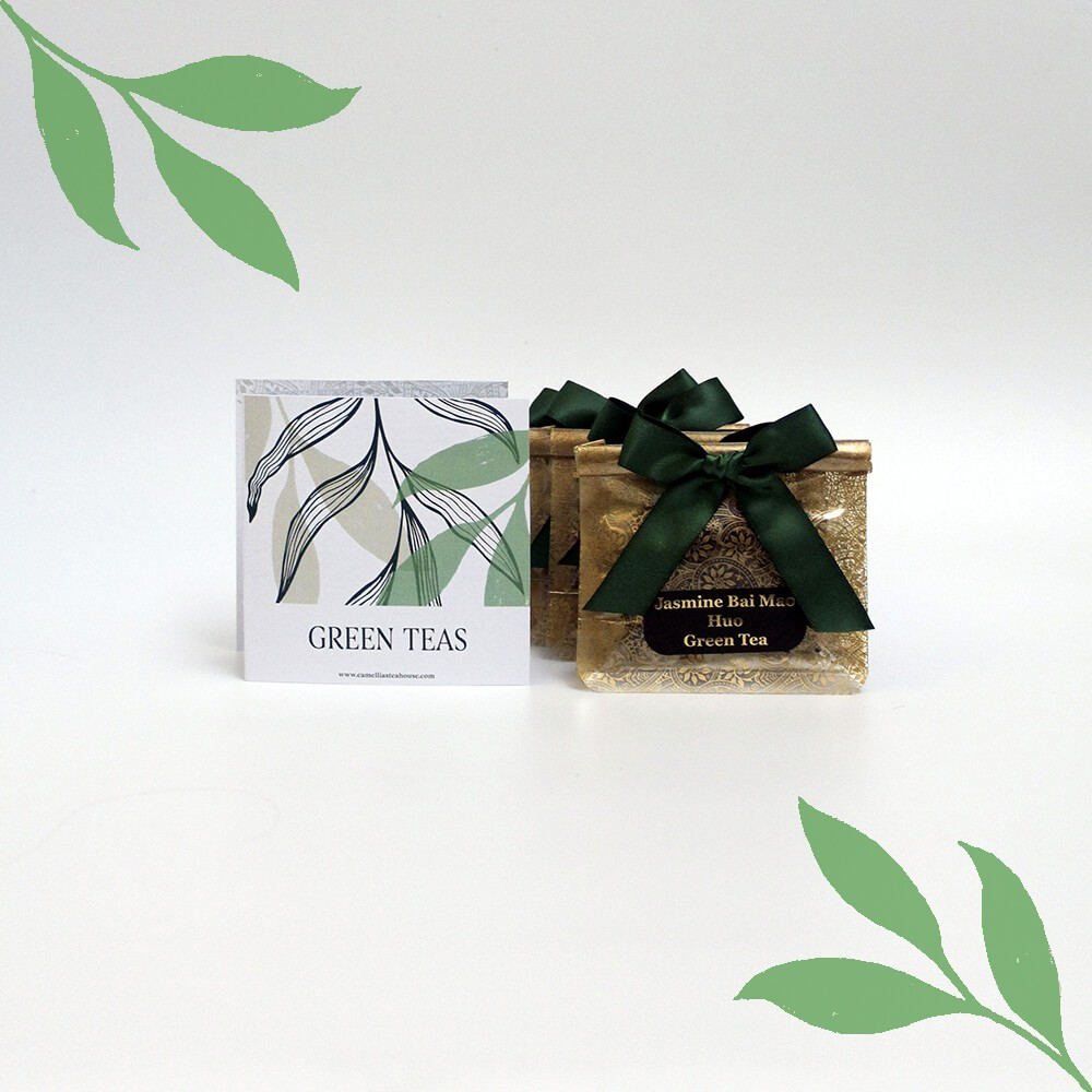 Loose leaf green tea bags and insert